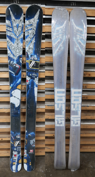 163cm Skis  Transformers Soundwave
